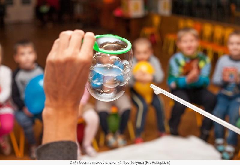 Шоу мыльных пузырей в Гомеле