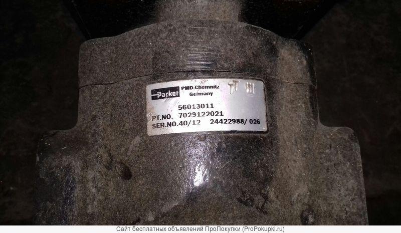 Гидротрансформатор Sandvik 04700044, гидронасос двойной 04702205