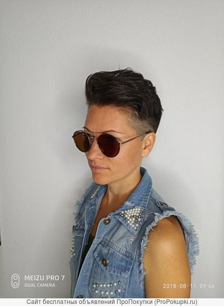 Профессиональный парикмахер стилист