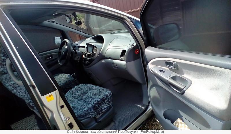 продам Toyota Previa 2000 год