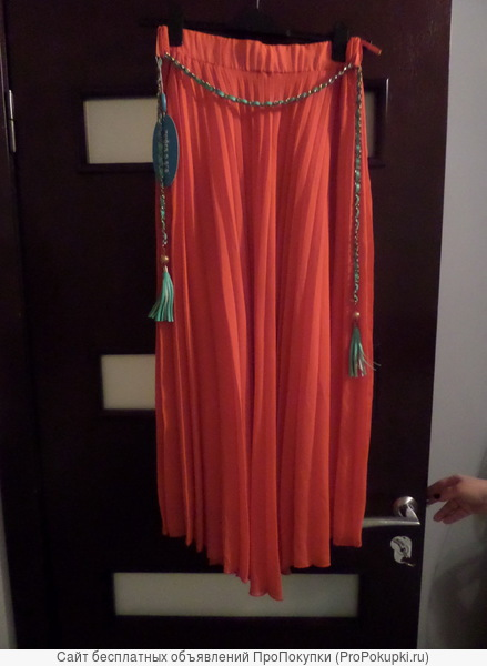 Длинная юбка плиссе новая р-р 46.