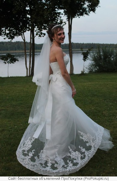два свадебных платья